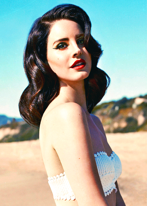 63728378759 Retro Hair and Makeup Inspiration   Lana Del Ray   Pin up Girl Makeup    Vintage Hairstyles   Vintage Makeup
