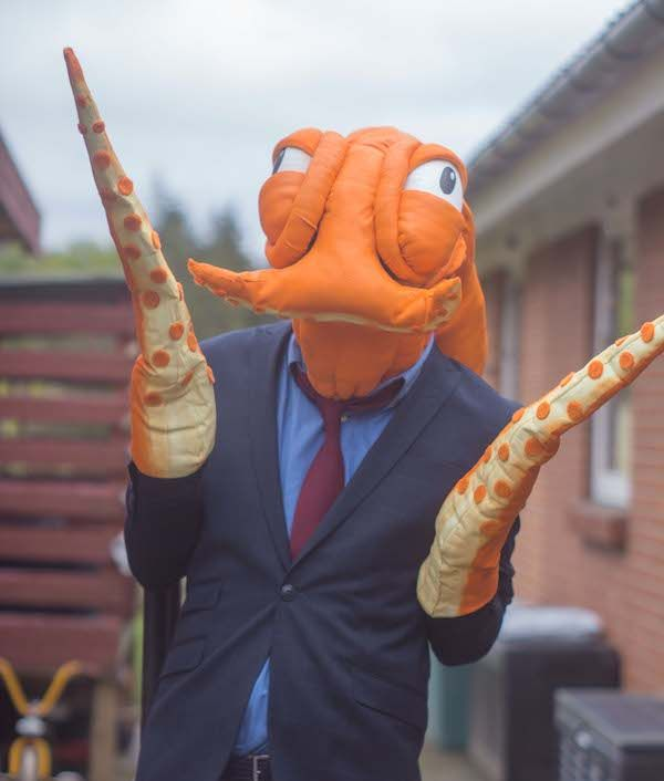 This Octodad Cosplay Is So Good Nobody Suspects A Thing Cosplay