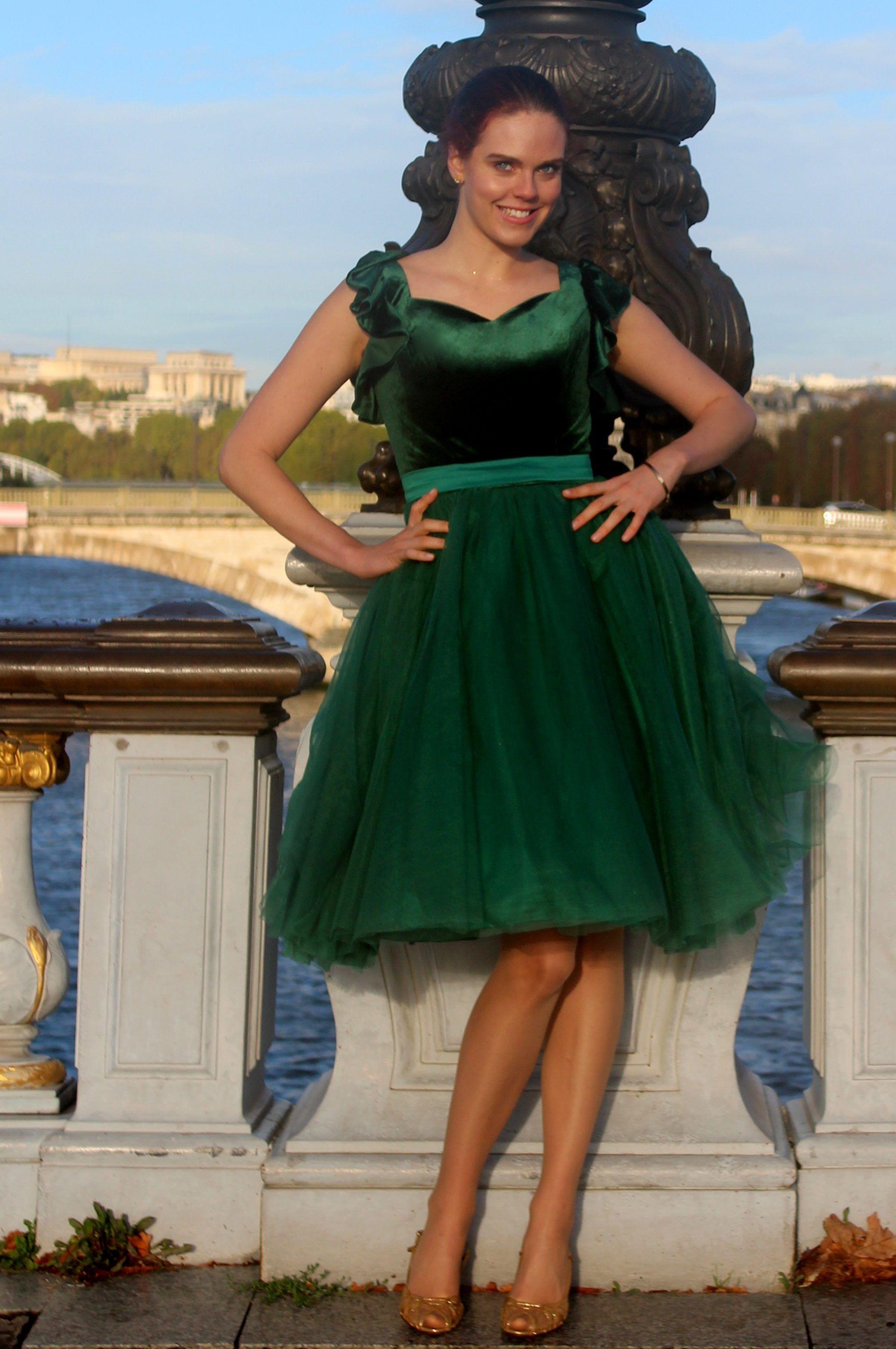 Noel green velvet tulle modest prom dress with sleeves modest prom