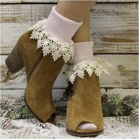 444a57b85 DAISY lace cuff socks - pink ivory