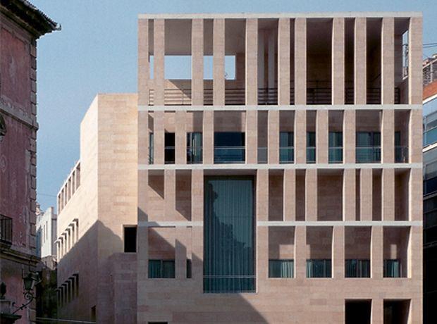 Ayuntamiento De Murcia Rafael Moneo Brick Architecture Architecture Exterior Architecture