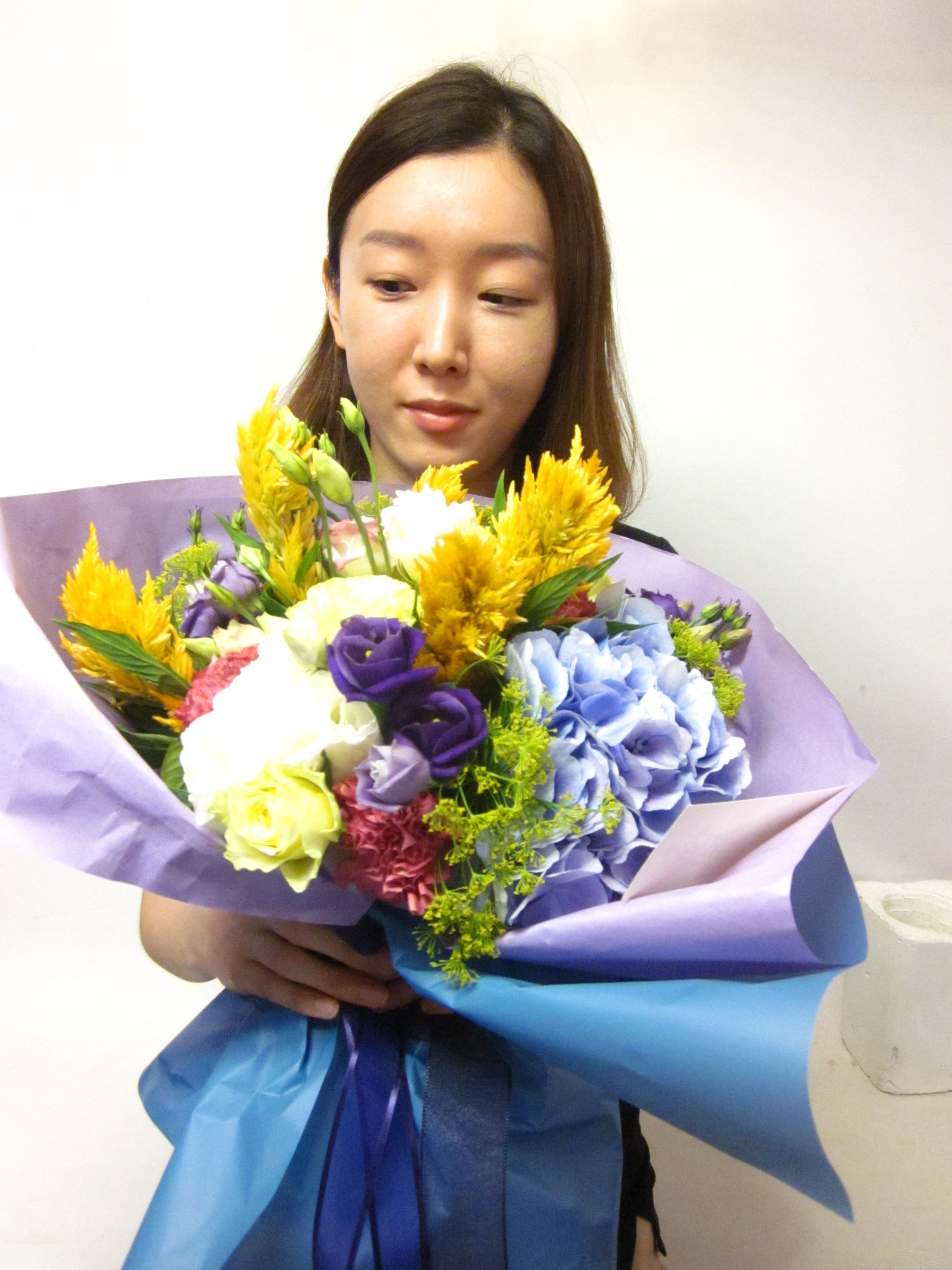 Half open style flower wrapping