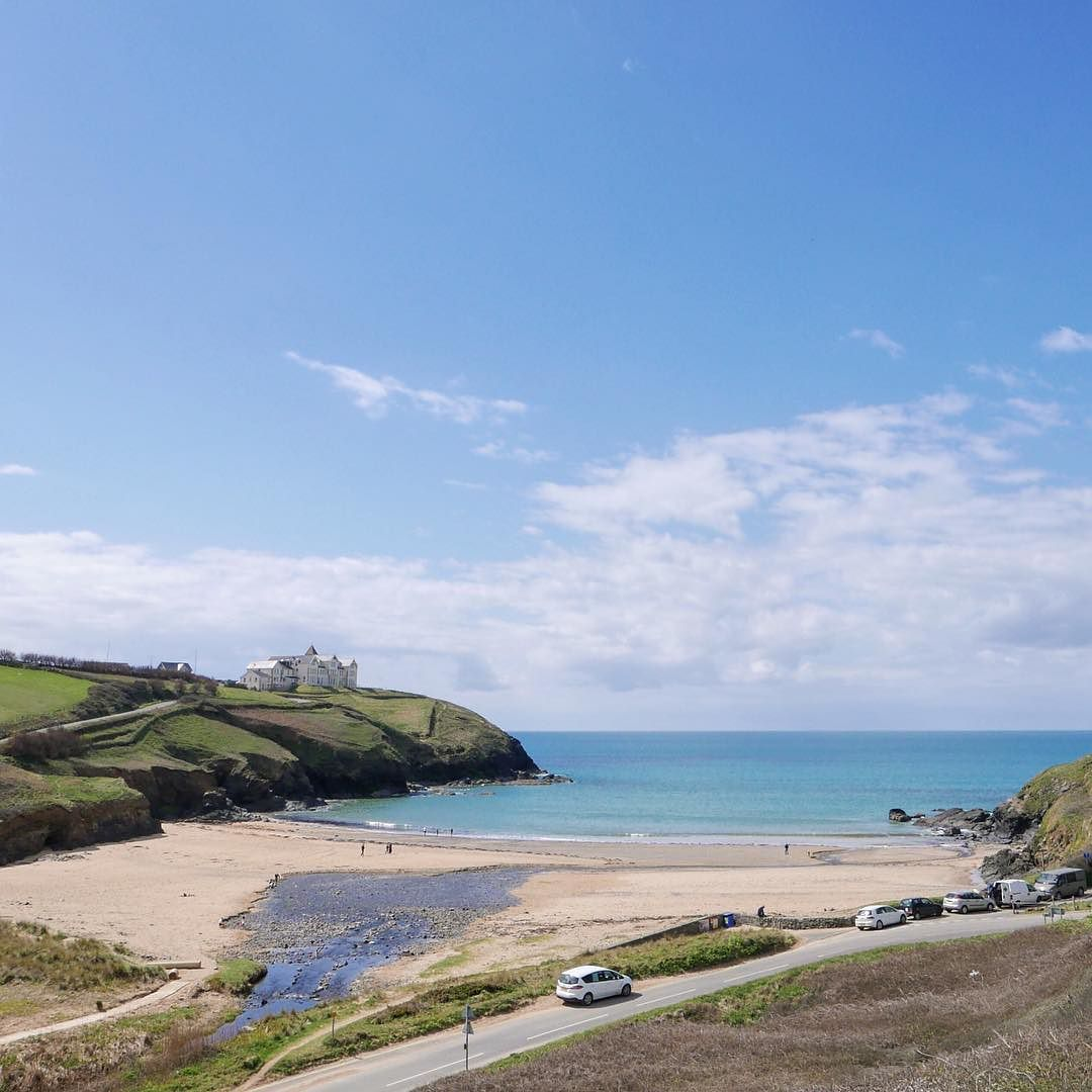 Gorgeous Day Today On Poldhu Cove #360beaches #cornwall