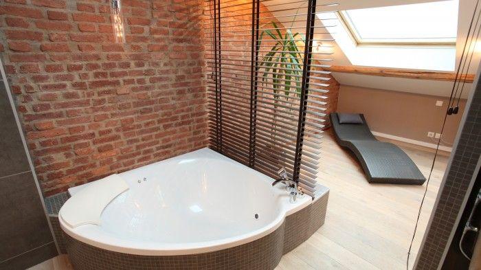 Un spa sous les combles - prix aménagements combles | idée salle de ...