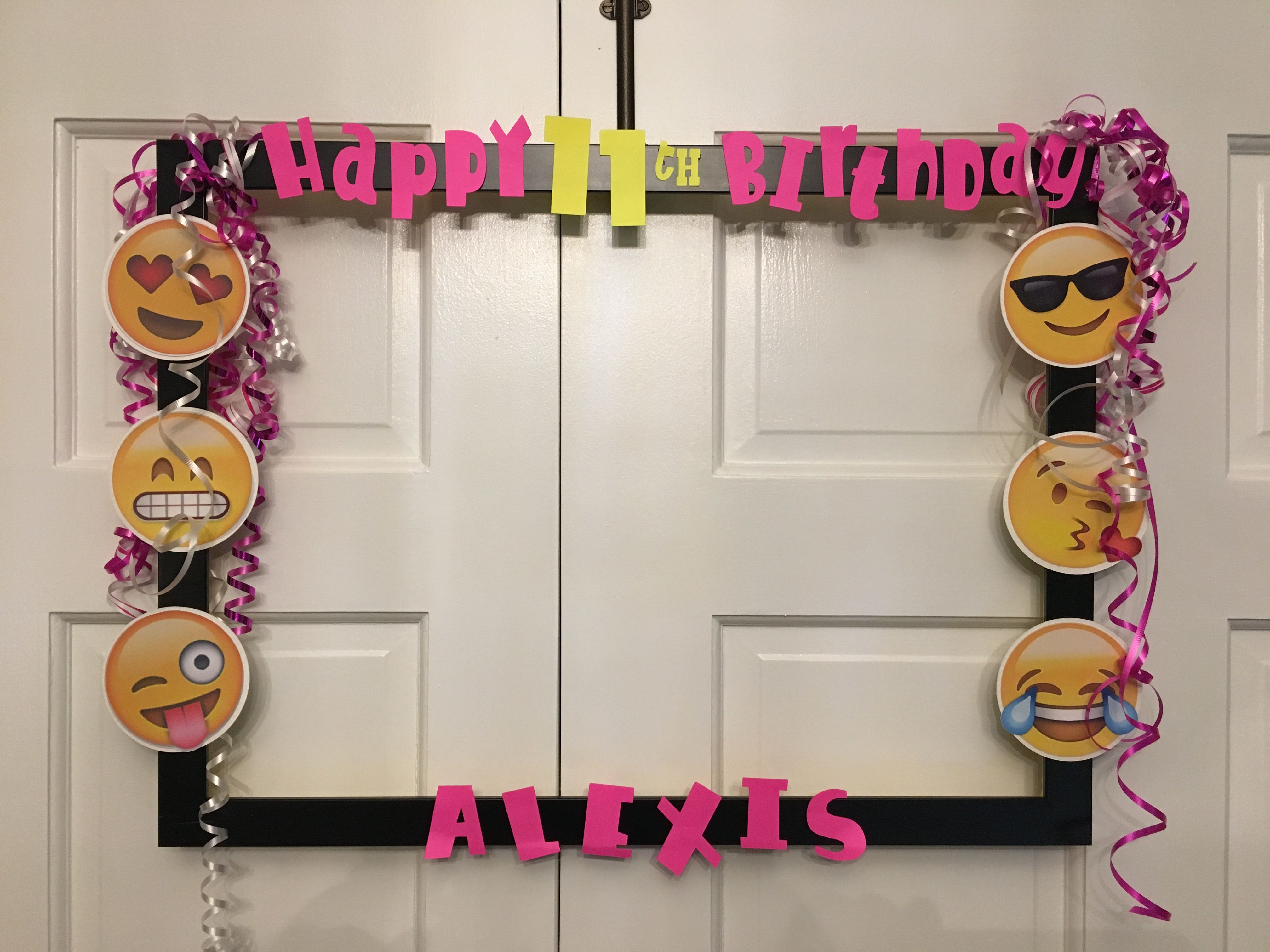 Emoji photo prop Birthday frame | emojin | Pinterest | Cumple ...
