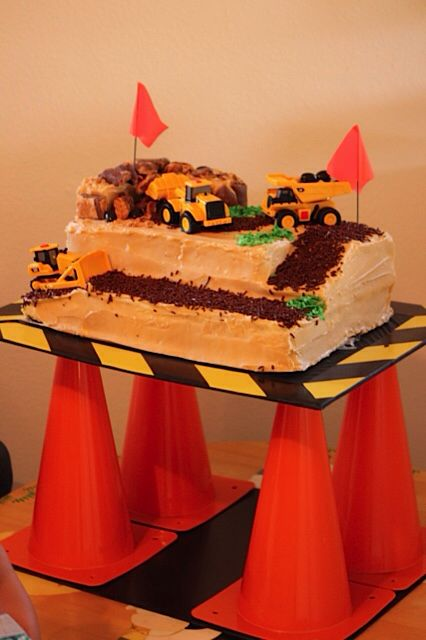 Construction site birthday cake So cute Bens big 20