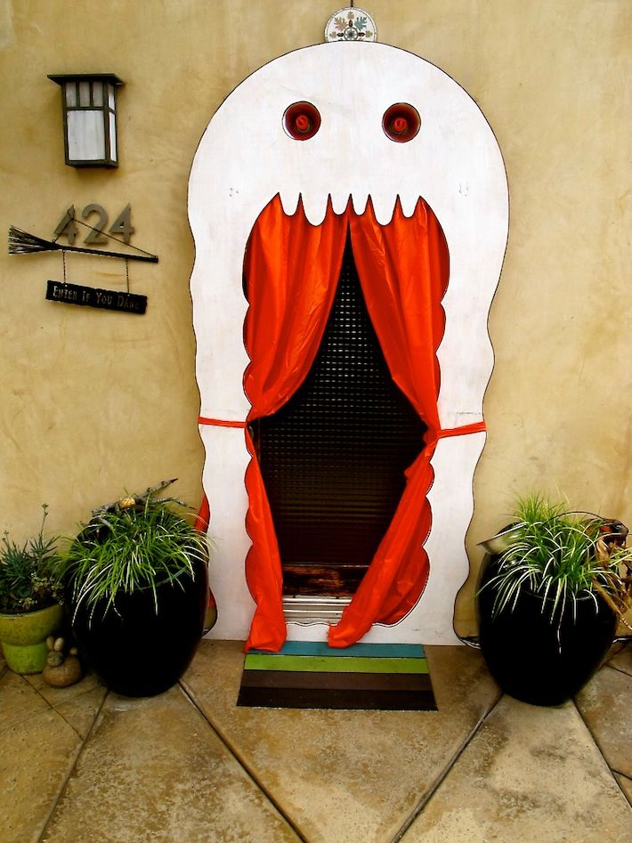 halloween door decorations 8243f ghost door decor halloween decoration ideas for creepy curb - Halloween Decorations Idea