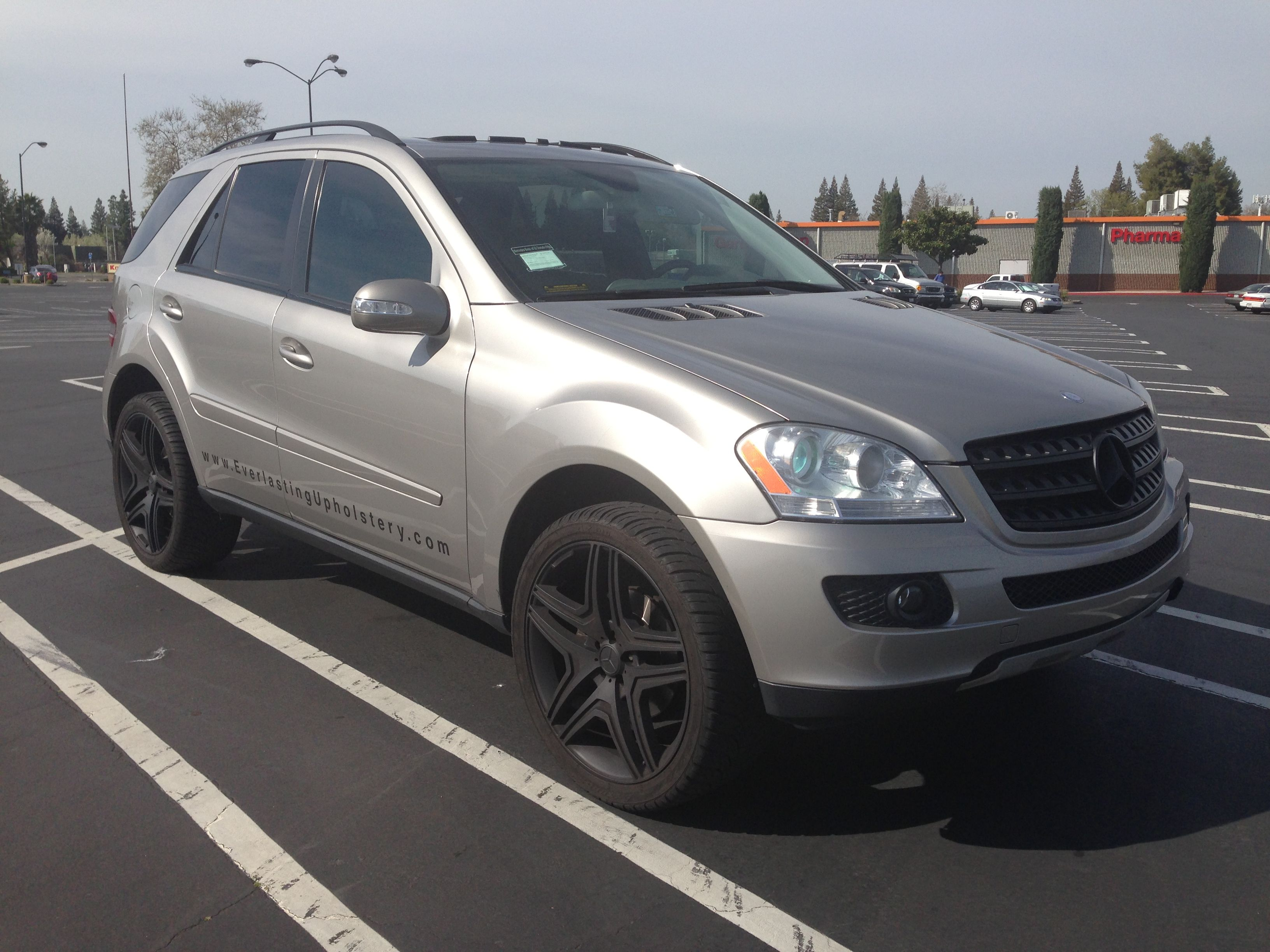 For sale 07 mercedes benz ml350 with 97k miles runs and