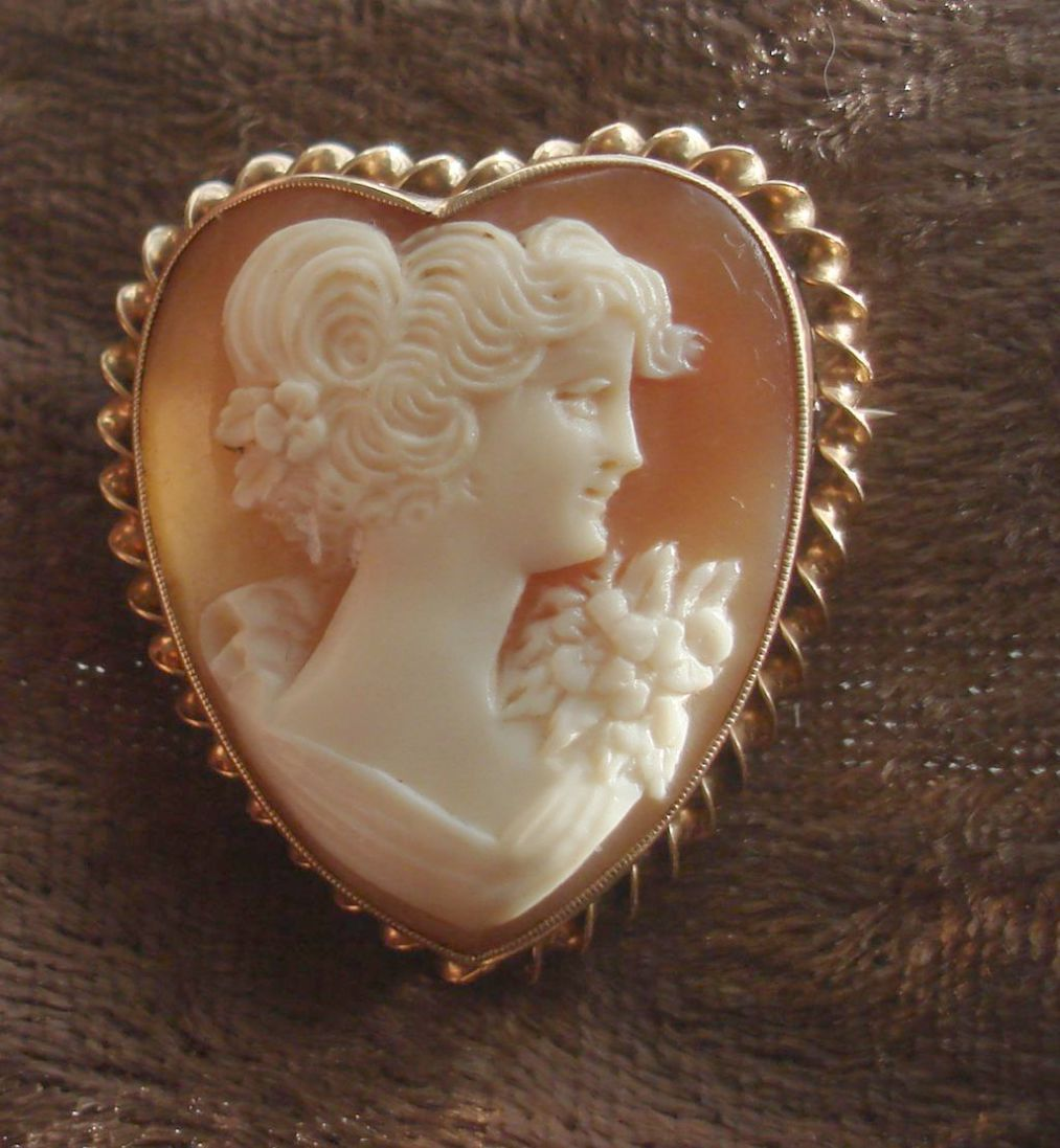Mariell Dangle Vintage Wedding Earrings With Images Cameo
