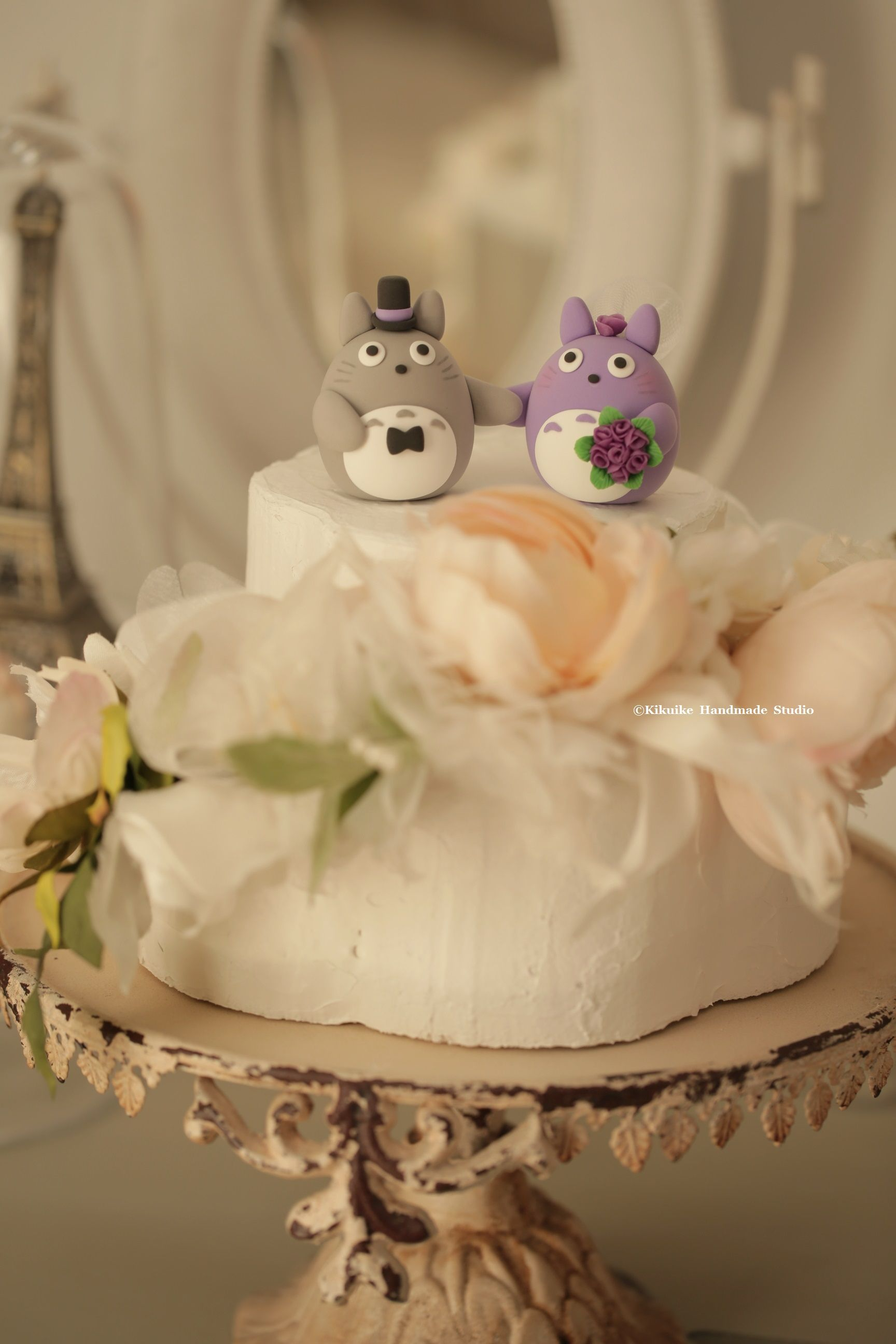 Totoro トトロ bride and groom wedding cake topper, characters ...
