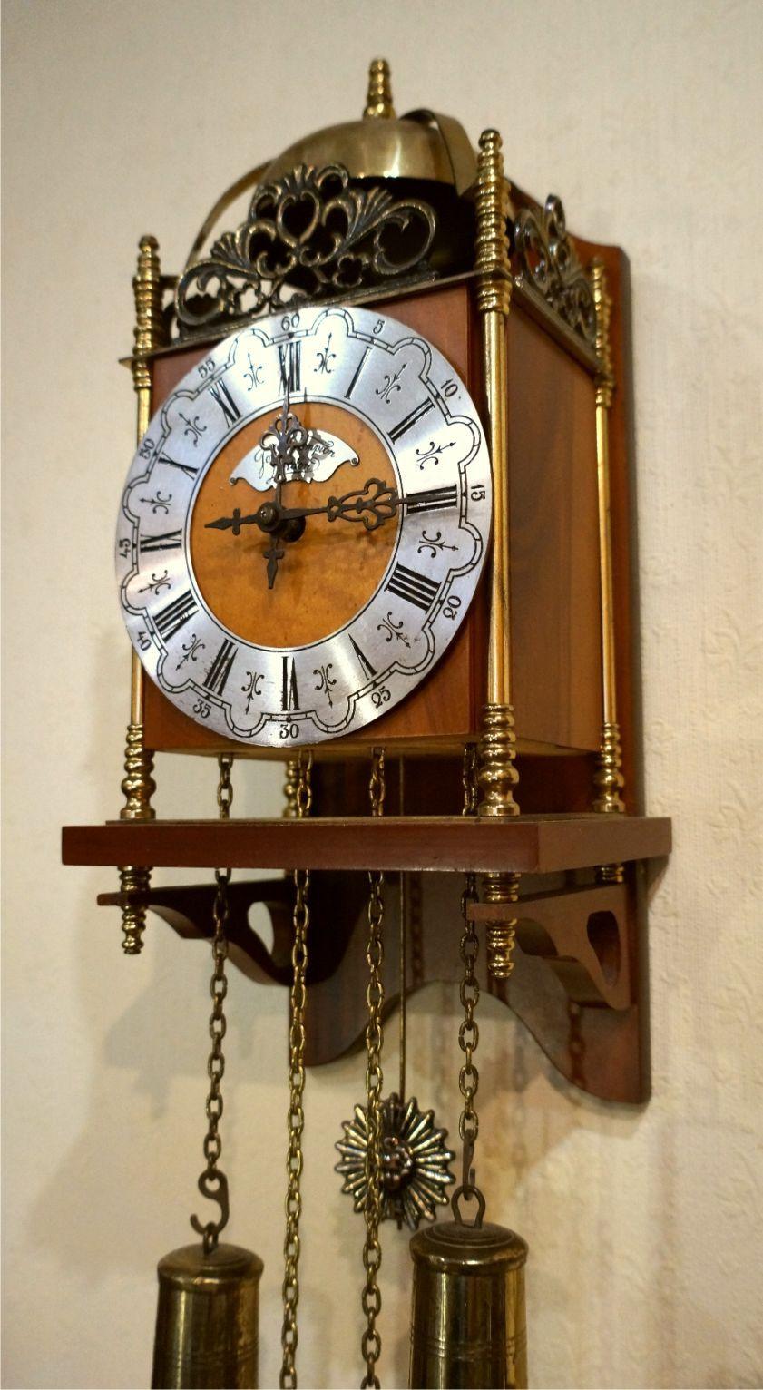 Настенные часы антиквариат продать как 1с стоимость часа обслуживание