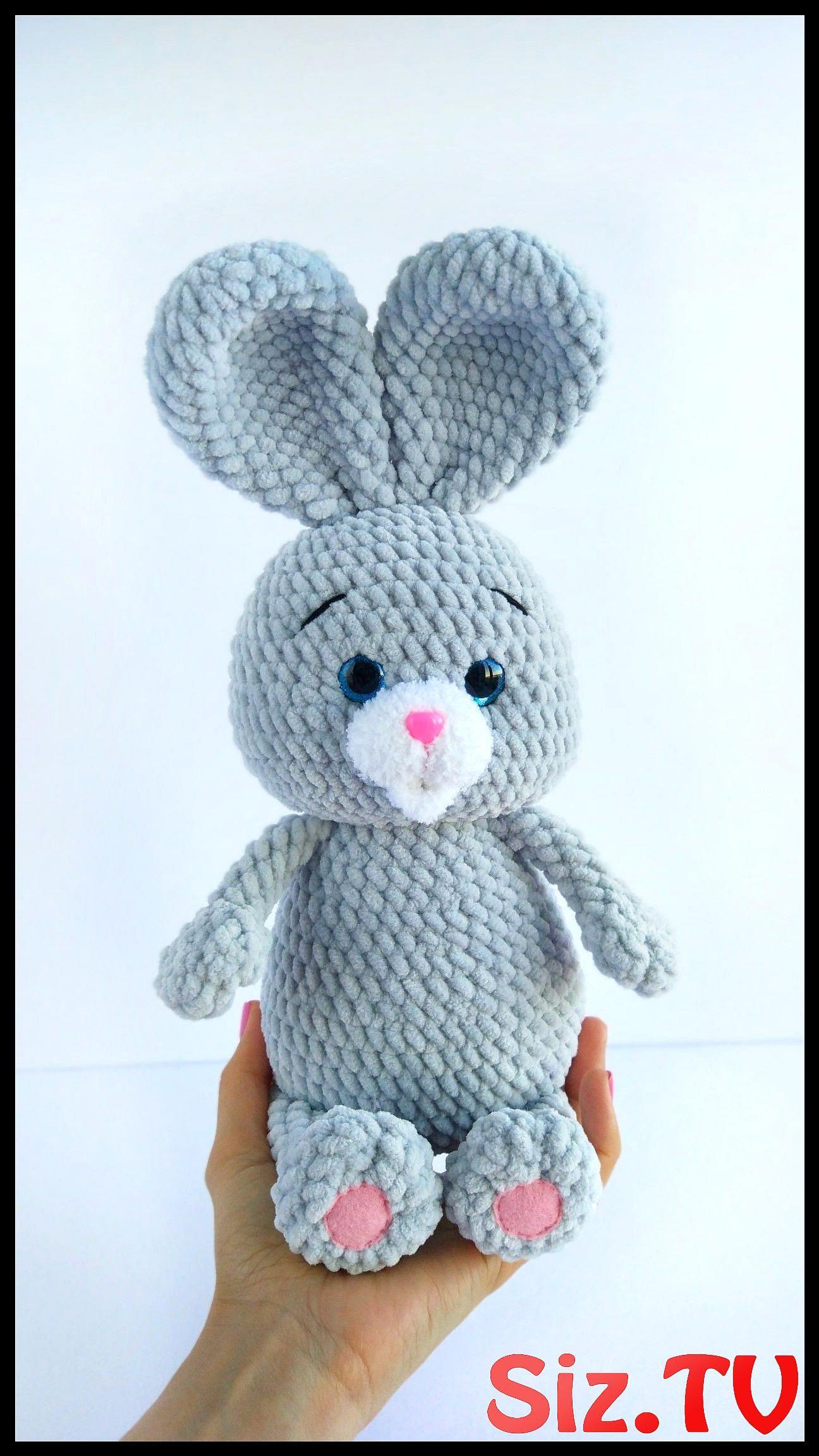 Crochet Big Flappy Ear Bunny Amigurumi Free Pattern | 2304x1296