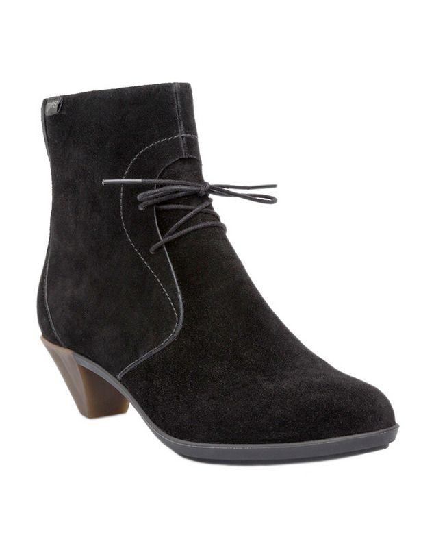Camper, AL TOBILLO Botas tobilleras, la tendencia del invierno  Guarda tus manoletinas, tus zapatos planos y tus botines cortos y decántate por el calzado más 'trendy' del momento, junto con las mosqueteras: las botas tobilleras.