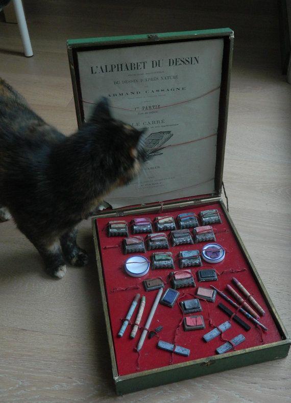 Old Paint Box G.B. Vintage artist's paint box par ruefedor