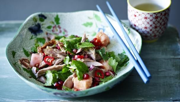 Crispy duck salad recipe poultry salads and foods forumfinder Image collections