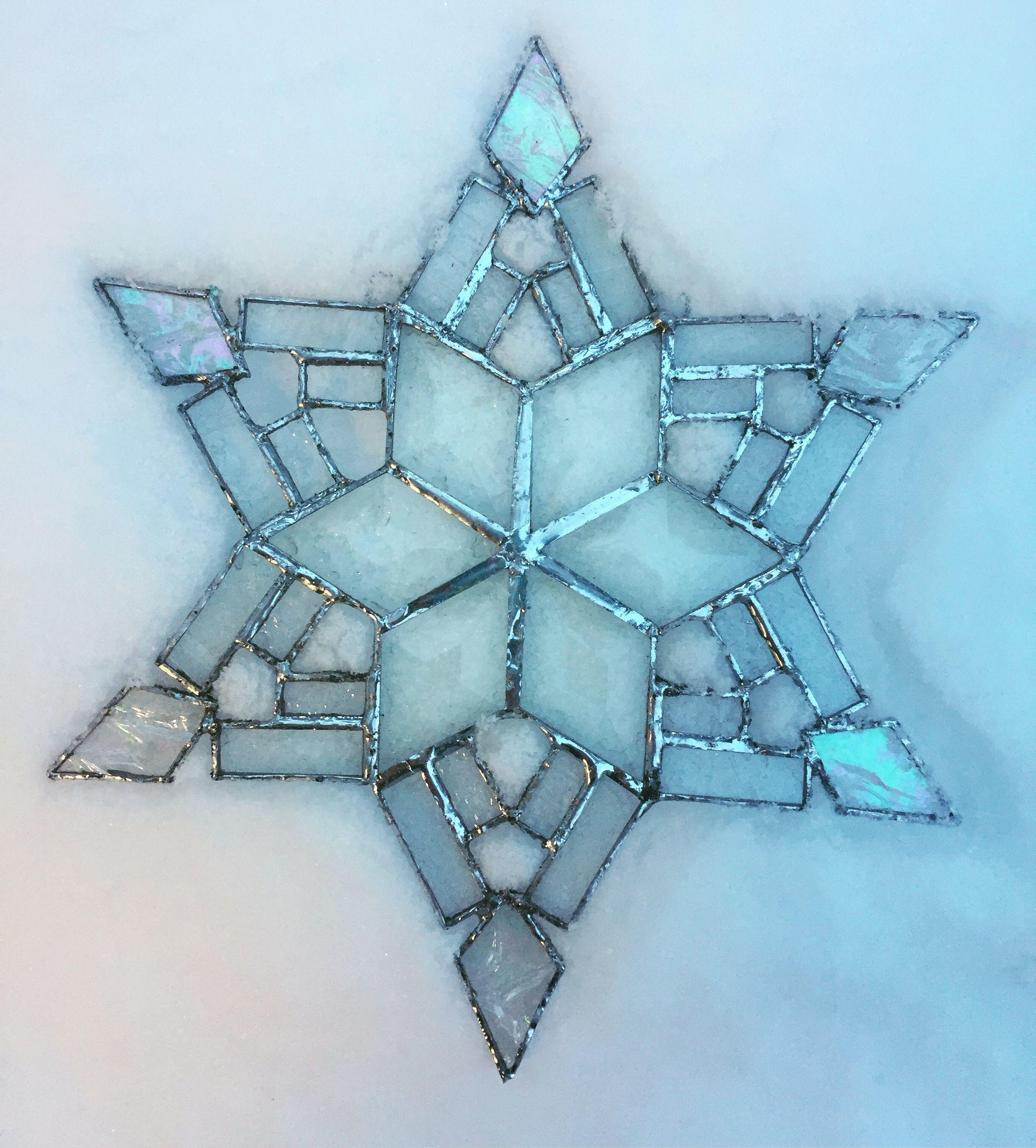 Stained Glass Snowflake #Shakeatailfeatherstudio