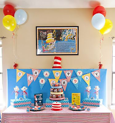 Like the Cat in the Hat cake