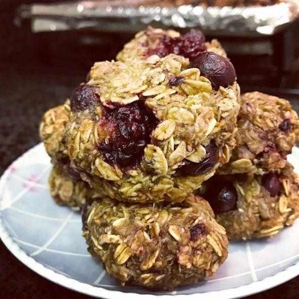 #Food #Recipe #HealthyFood #HealthyBody #Foodie #BerryMuffins