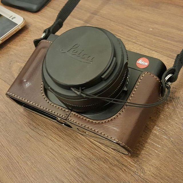 Bharat (@djkrimp) is loving his new half-leather Leica case #Garriz #Leica #iGyaanLife #Tech #Camera #Shooter #Photography