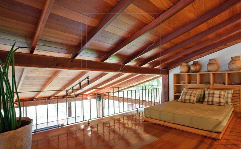 Telhado aparente pesquisa google telhados pinterest for Fotos de casas modernas com telhado aparente