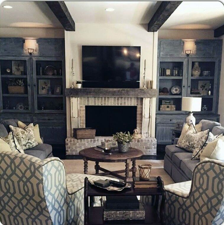 Ways To Decorate A Living Room Projector Vs Tv To Refresh Your Home Family Room Remodel Family Room Design Family Room