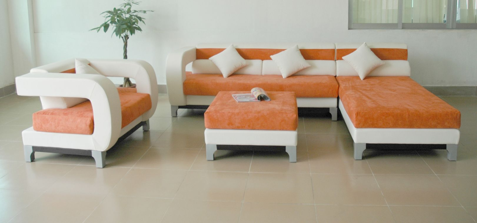 Avella modern leather sectional sofas - http://sectionalsofasale.net/