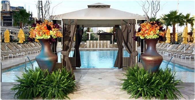 Signature Pool Wedding Package In Las Vegas At The MGM Grand