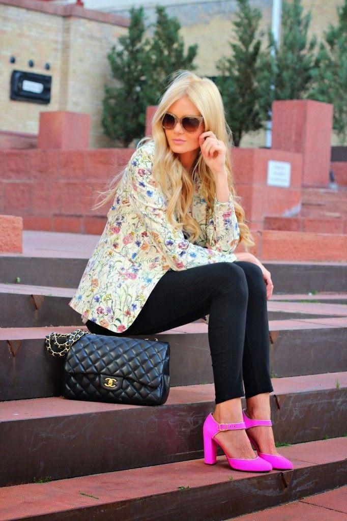 Floral Blazer | Barefoot Blonde