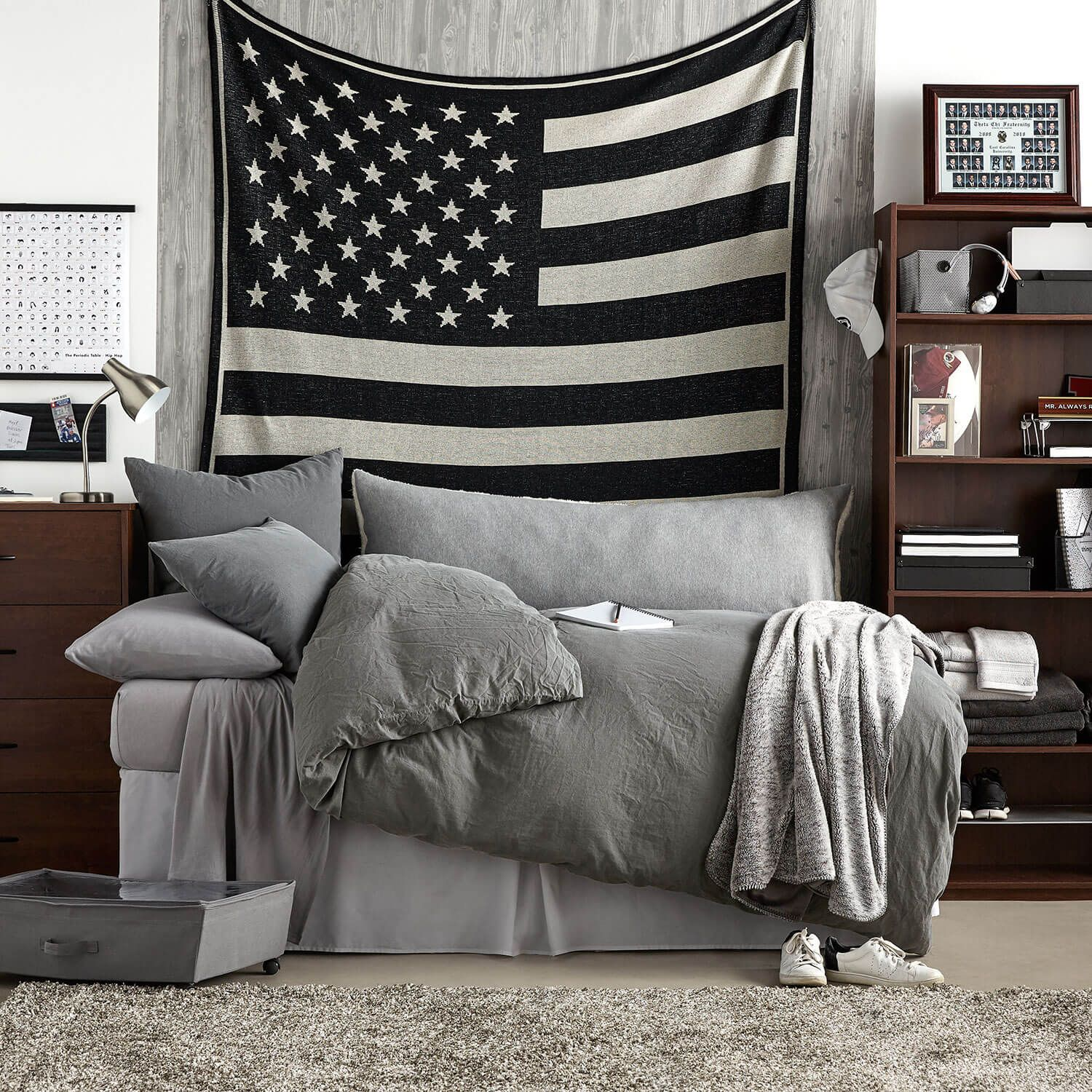 Dormiguy ludlow room shop to get this look - Cool room colors for guys ...