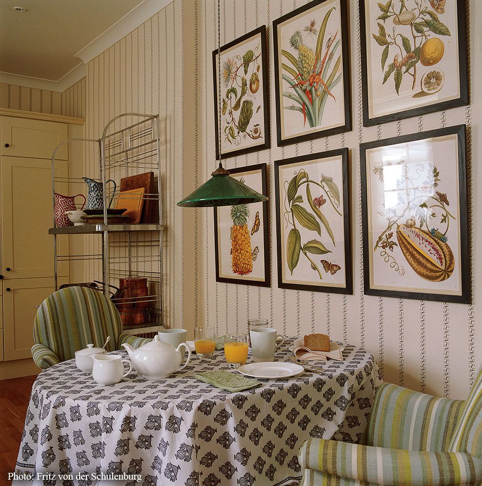 Kitchen dining space designed by sibyl colefax john - Kitchen and dining interior design ...