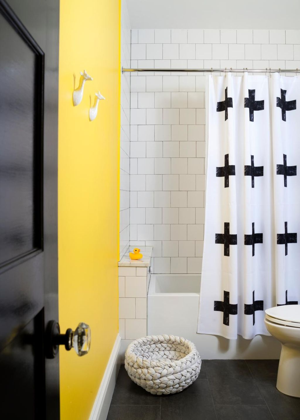 96+ Beautiful Black And White Shower Curtains Design Ideas | White ...