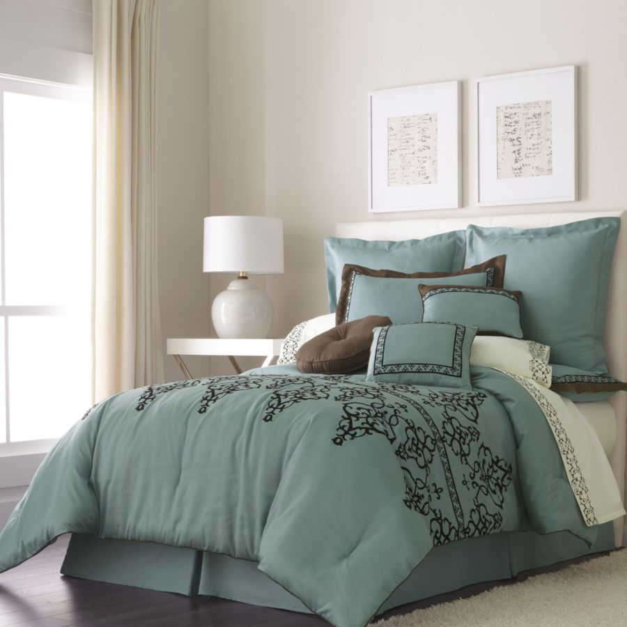 01 Fresh Small Master Bedroom Decor Ideas: Cotton Teal Edged In Brown Silks
