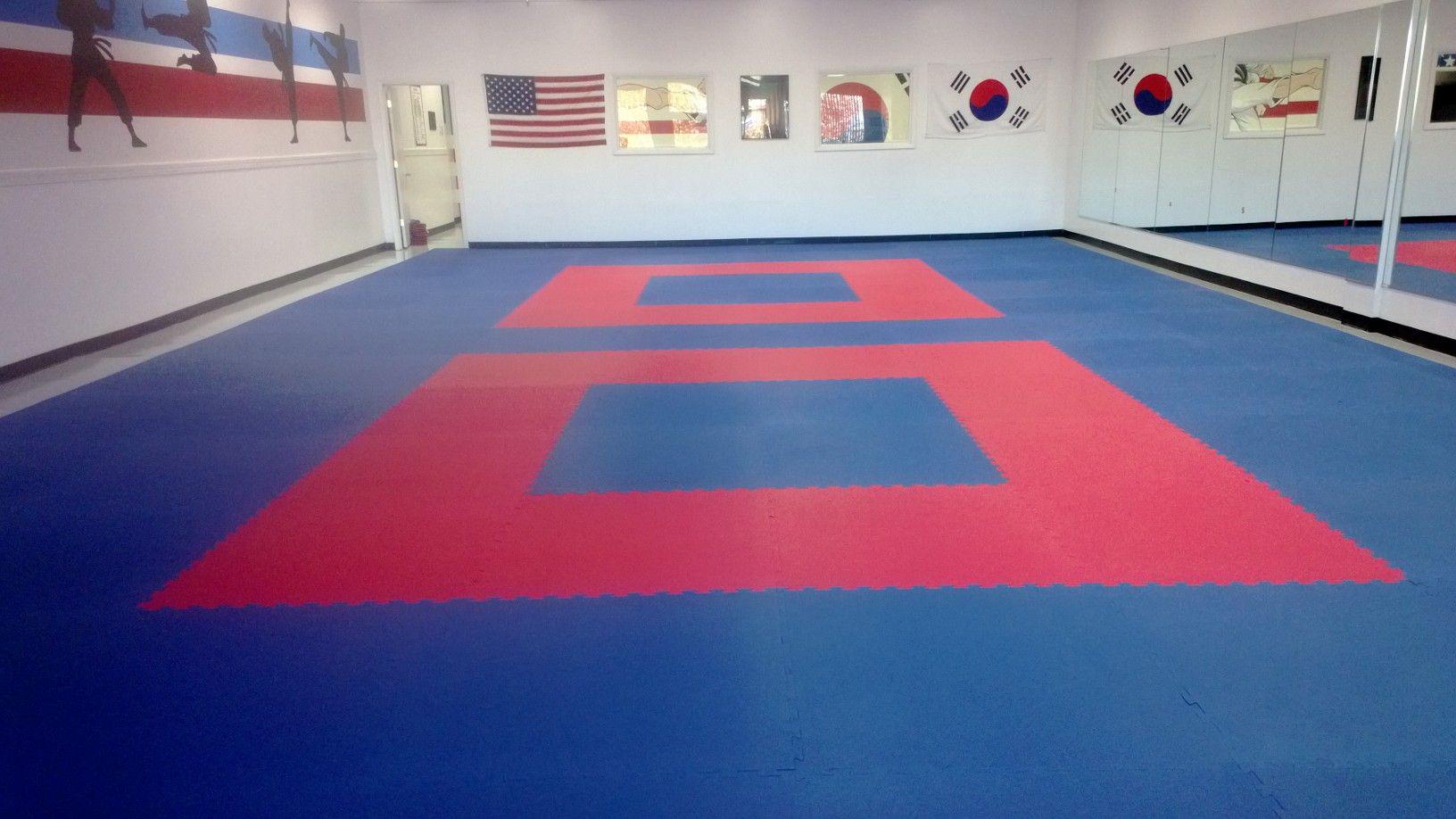Martial Arts Karate Mat Premium 1 Inch In 2020 Karate Mats Taekwondo Floor Martial Arts Mats