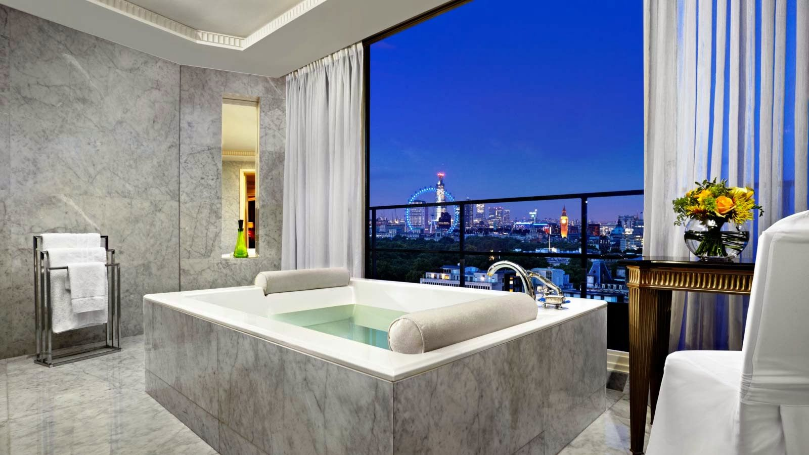 Relish Love on Valentines Day at Top 3 Luxurious Hotels | The Luxury ...