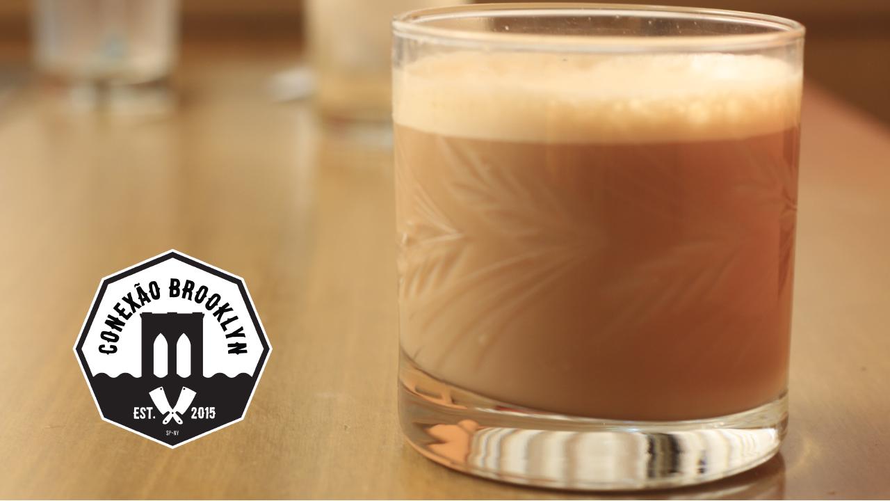 O Conexão Brooklyn te entrega de bandeja a receita de um café com caramelo.