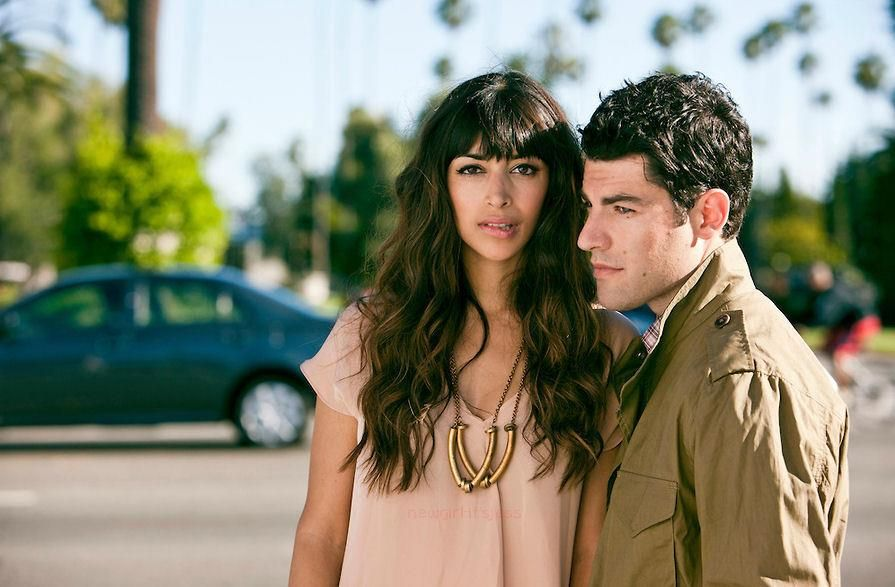 On Max Greenfield dating Hannah Simone