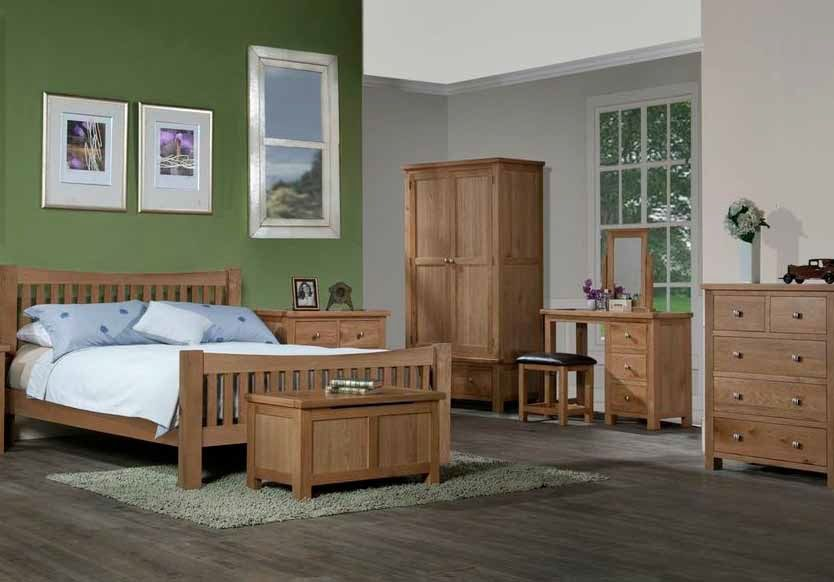 Colour Schemes For Wood Furniture A World Of Oak A Touch Of Pine Banbury And Bic Oak Bedroom Furniture Sets Light Oak Bedroom Furniture Oak Bedroom Furniture
