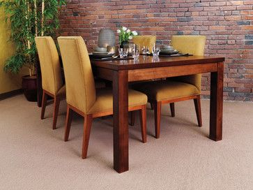 ZOE DINING TABLE