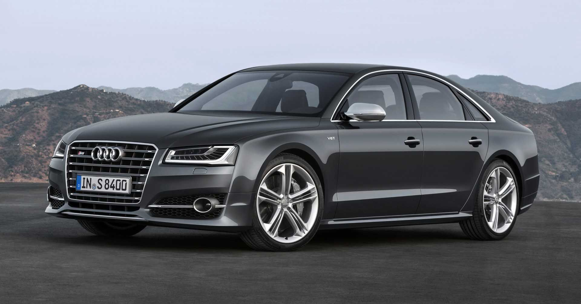 10 Audi A8 Facelift Wallpapers