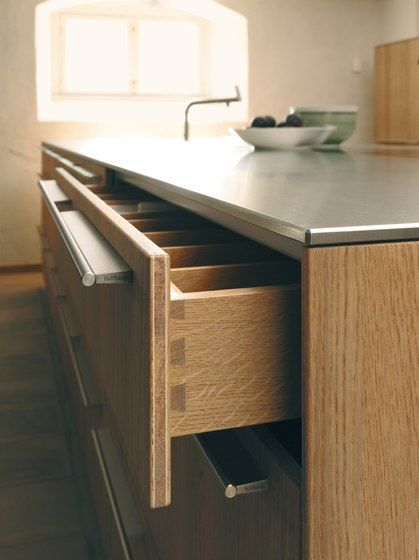 Good Example Of Thickness For Countertop And Minimalist Hardware Bulthaup B3 By Bulthaup Kitchen Accessories Kuche