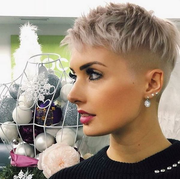 Short Haircuts 2018 2019 Shaved Pixie With Messy Top Super Short Hair Edgy Hair Short Hair Styles