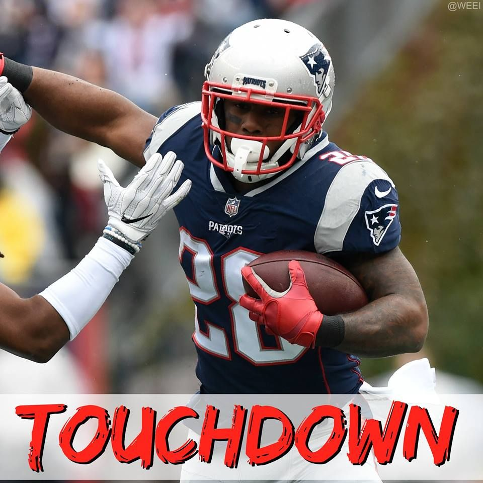 Touchdown James White Patriots Are Up 27 7 James White Football Helmets Patriots