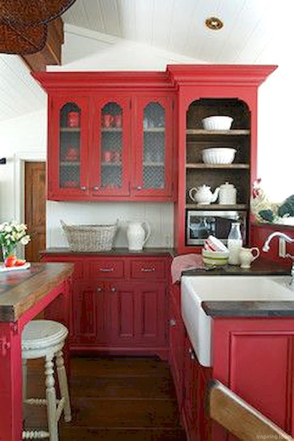Nice 60 Cottage Kitchen Cabinets Ideas Farmhouse Style Https Lovelyving Com 2017 01 13 60 Cottage Kitchen Red Kitchen Cabinets Red Kitchen Red Kitchen Decor