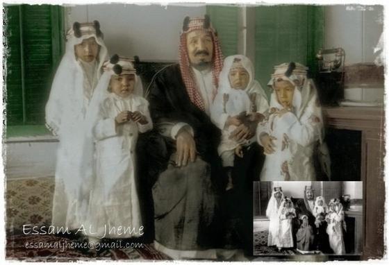 الملك عبد العزيز وسط ابنائه من اليسار مشعل طلال نواف متعب Islamic Art My Images Rare Pictures
