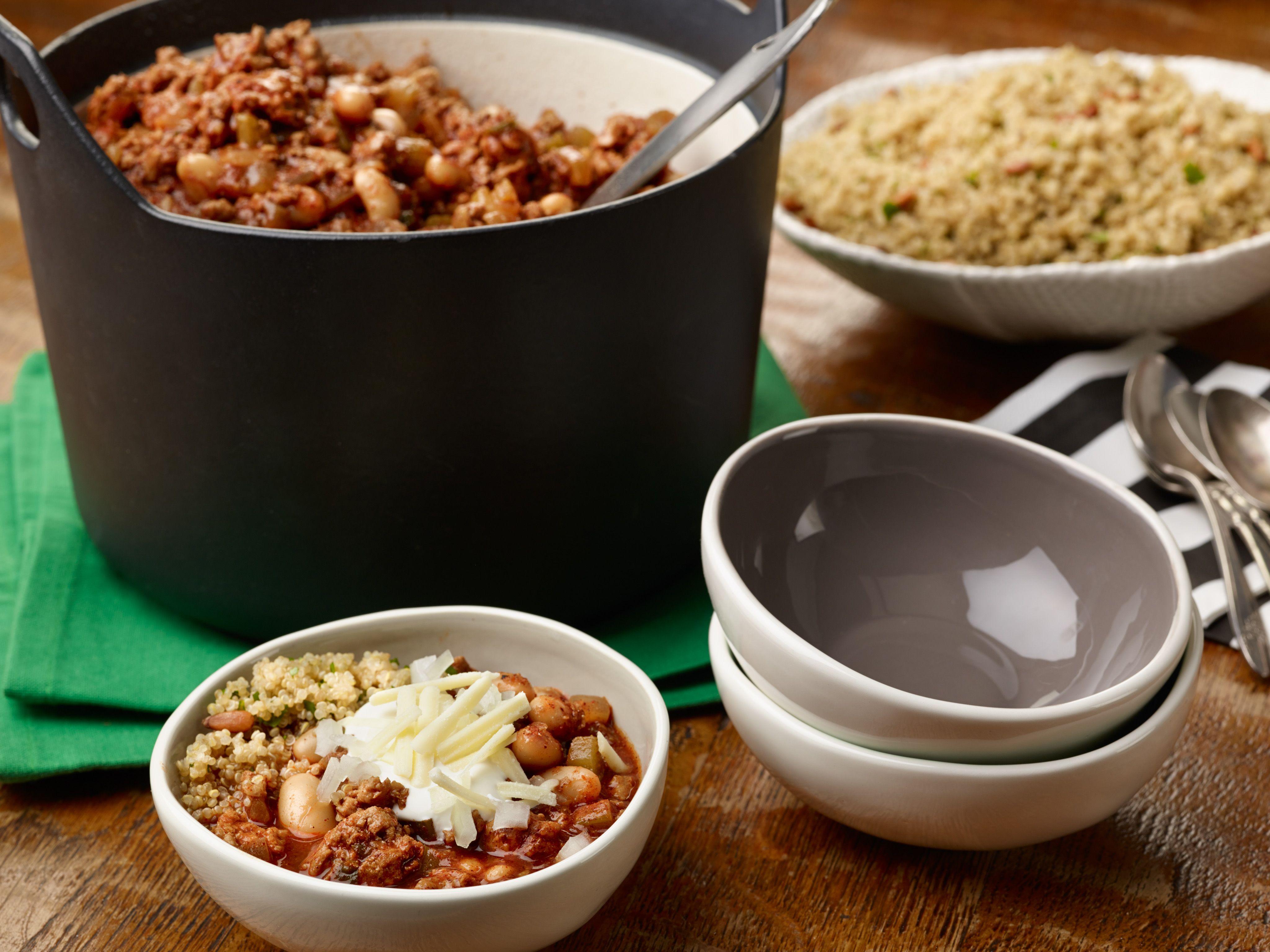Super bowl dinner recipes food network turkey chili giada de super bowl dinner recipes food network forumfinder Gallery