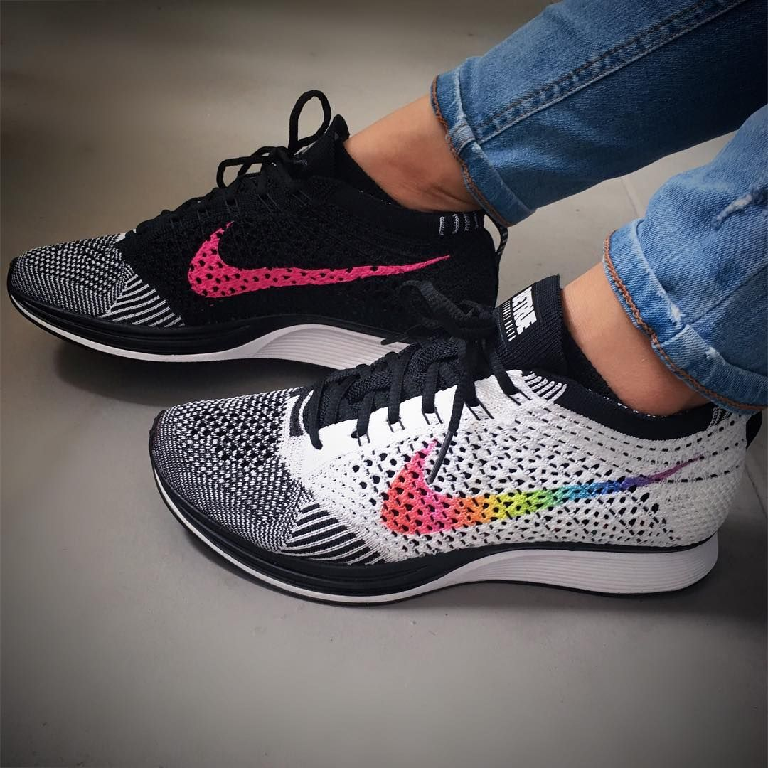 cheapest official images really cheap Nike Flyknit Racer