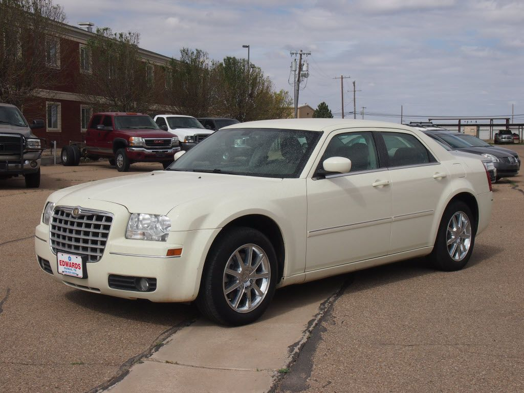 2007 Chrysler 300 C Smooth Vanilla Color 2007 Chrysler 300