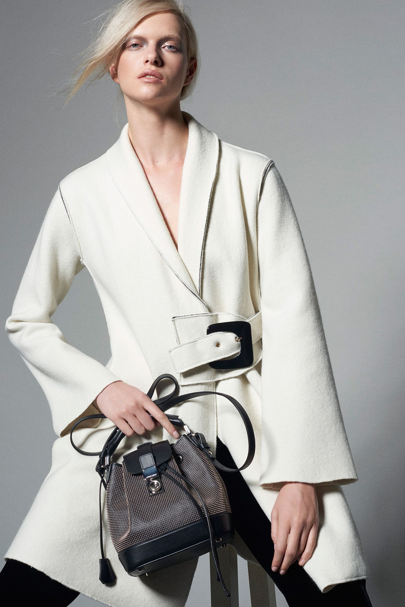 70c525cb70b Giorgio Armani Pre-Fall 2015 - Collection - Gallery - Style.com ...