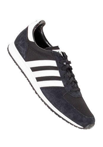 Stoere Adistar Racer (Zwart) Sneakers van het merk Adidas voor Heren . Uitgevoerd in Zwart gemaakt van Leer|textiel|leer|textiel.
