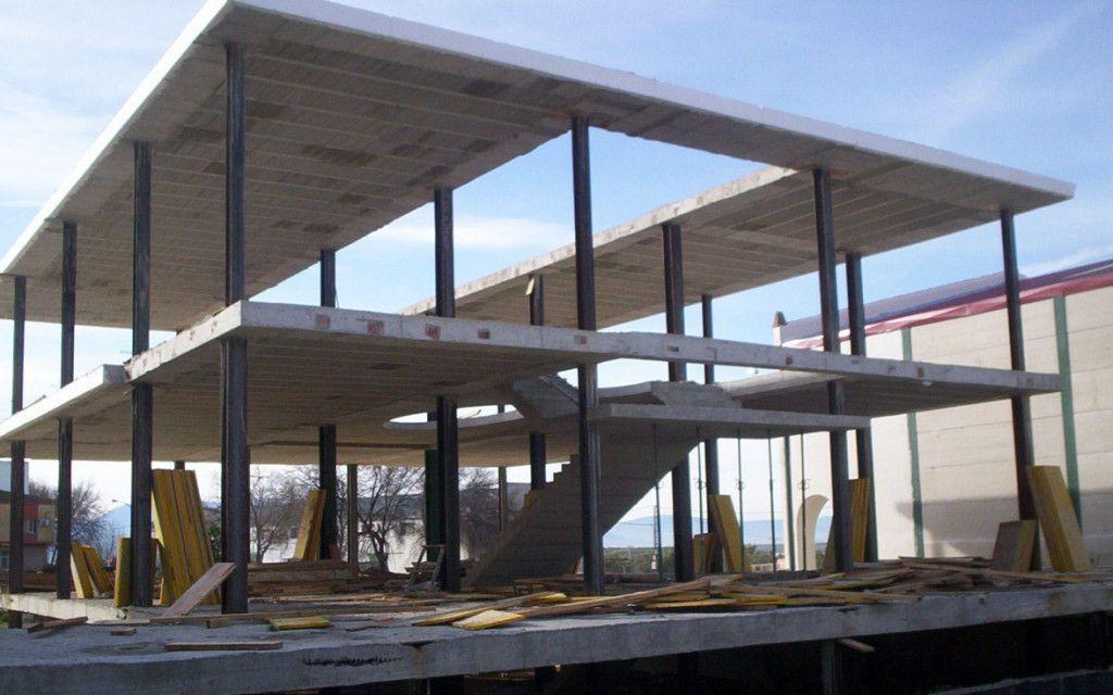 Estructura met lica casa casas prefab estructura met lica en 2019 pinterest - Estructura metalica vivienda ...